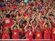 Bóng đá - Sân Mỹ Đình: CĐV rực lửa cổ vũ tuyển Việt Nam