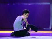 """Ca nhạc - MTV - Vũ công Huế gây """"sốt"""" khi nhảy bằng một chân"""