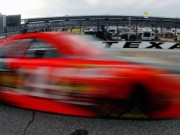 Thể thao - Tốc độ kỉ lục ở đường đua Nascar