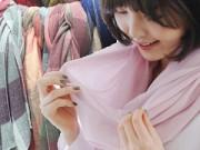 Thời trang - Khảo giá khăn quàng mùa đông trên phố Hà Nội