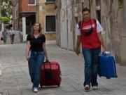 Du lịch - Khách du lịch kéo vali ở Venice sẽ bị phạt 600 USD