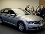 Ô tô - Xe máy - Volkswagen Passat 2015 đầu tiên đến tay khách hàng