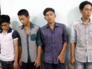 An ninh Xã hội - Bốn thanh niên xách dao tấn công người để cướp xe
