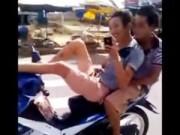 Tin tức trong ngày - Xử phạt đối tượng lái xe bằng chân sau khi chơi ma túy