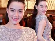 Thời trang - Trang Nhung mặc áo hở eo lấp ló bụng bầu