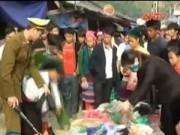 Thị trường - Tiêu dùng - Hà Giang: Tân dược giả bày bán như rau ở chợ