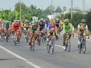 Thể thao - Chặng 2 cuộc đua xe đạp xuyên Việt 2014: Đội TP.HCM 1 giành chiến thắng kép
