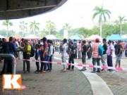Bóng đá - CĐV xếp hàng mua vé xem Malaysia quyết đấu Việt Nam