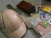 An ninh Xã hội - Chém toác mũ bảo hiểm người đi đường rồi cướp tài sản