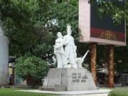 """Tin tức trong ngày - Hà Nội thêm nhiều tượng đài """"để ai ngắm""""?"""