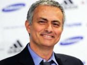 """Bóng đá - Mourinho cười """"bí hiểm"""" sau khi Chelsea thủng lưới"""