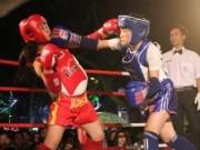 Thể thao - Võ đài Muay Thái ngoài trời thu hút hàng ngàn người xem