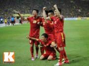 Bóng đá - Sôi động AFF Cup 8/12: Công Vinh cảm động về tình cảm của CĐV Việt Nam
