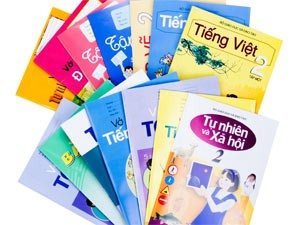 Bạn trẻ - Cuộc sống - Nhuận bút sách giáo khoa: 12 năm... 600 nghìn đồng