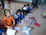Giáo dục - du học - Oái ăm, trường đạt chuẩn quốc gia dù lấy bục giảng làm bàn