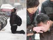 Bạn trẻ - Cuộc sống - Chàng trai si tình quỳ gối dưới tuyết xin lỗi bạn gái