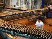 Thị trường - Tiêu dùng - Sẽ tăng thuế rượu bia, thuốc lá
