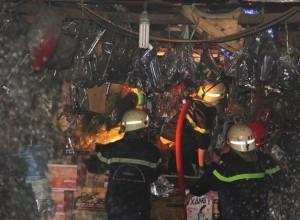 Tin tức trong ngày - Sập hầm thủy điện, 11 công nhân mắc kẹt