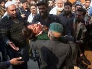 Taliban thảm sát trường học Pakistan, bắn chết hàng trăm trẻ em