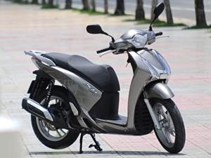 """Ô tô - Xe máy - """"Sùng bái"""" SH 150i, người Việt mua gần 2.000 chiếc/tháng"""