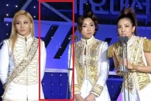 """Ngôi sao điện ảnh - EXO, 2NE1 """"ẵm"""" giải lớn cuối năm"""
