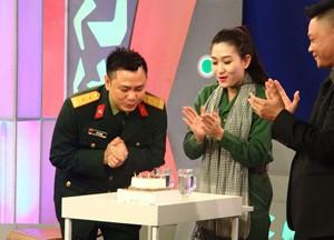 Ngôi sao điện ảnh - Tự Long xúc động vì được tổ chức sinh nhật trên truyền hình