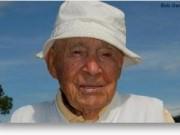 Thể thao - Kỷ lục golf: Cụ ông 103 tuổi đánh 1 gậy trúng lỗ