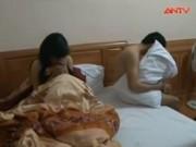 Bản tin 113 - Hà Tĩnh: Đột kích 2 khách sạn môi giới tiếp viên đi khách
