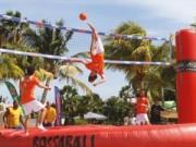 Các môn thể thao khác - Mãn nhãn môn chơi kết hợp bóng đá & bóng chuyền