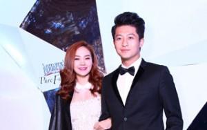 Phim - Minh Hằng tình tứ cùng Harry Lu đi xem thời trang