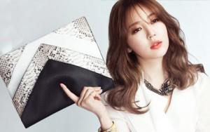 """Thời trang - """"Phù phép"""" đồ cũ thành ví lấp lánh giống của sao Hàn"""
