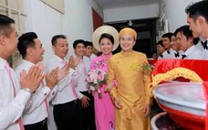 Ngôi sao điện ảnh - Cô dâu Lê Khánh được chồng đón từ 3h30 sáng