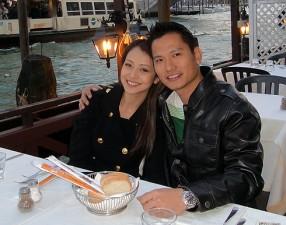 Tài chính - Bất động sản - Chồng Jennifer Phạm: Nhà siêu giàu vẫn đi làm… bảo vệ đêm