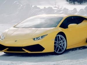 Ô tô - Xe máy - Chiêm ngưỡng Lamborghini Huracan trượt băng cực đỉnh