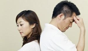 """Bạn trẻ - Cuộc sống - Tuyệt chiêu đề phòng chồng """"léng phéng"""" với osin"""