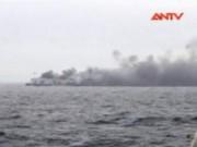 An ninh thế giới - Gần 500 người mắc kẹt trên chiếc tàu bốc cháy ở Hy Lạp