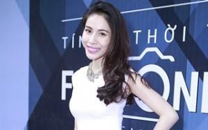 Ca nhạc - MTV - Thủy Tiên khoe nhẫn cưới cỡ bự trước hôn lễ tại Vinh