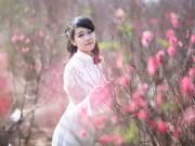 Cuộc sống - Thiếu nữ khoe sắc bên vườn đào Nhật Tân