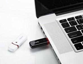 Sản phẩm mới - Apacer giới thiệu USB tích hợp phần mềm nén dữ liệu