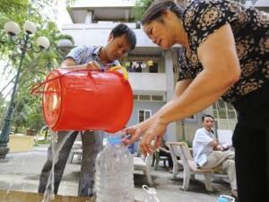 Vỡ đường ống nước: Bao giờ bệnh viện hết  khát ?