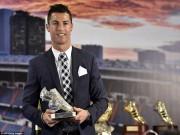 """Tin bên lề bóng đá - Tự nhận là """"kẻ khốn"""", Ronaldo vẫn được săn đuổi"""