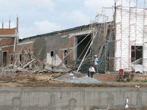Tin tức trong ngày - Cần Thơ: Sập sàn công trình, 5 người thương vong