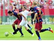 Bóng đá - Sevilla - Barca: Nhớ Messi da diết