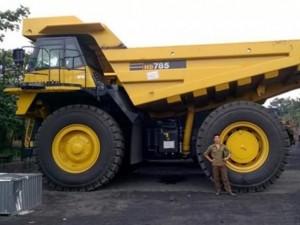 Tin tức trong ngày - Giải mã xe tải khổng lồ giá 20 tỷ đồng ở Quảng Ninh