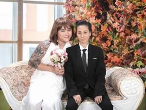 """Ảnh cưới  """" ngược đời """"  của vợ chồng Vũ Duy Khánh"""