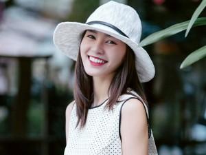 Bí quyết mặc đẹp - Lan Ngọc giống hệt Tăng Thanh Hà khi dạo phố Sài Gòn