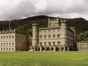 Đại gia Trung Quốc đua nhau tậu lâu đài ở châu Âu