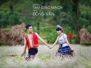 """Bạn trẻ - Cuộc sống - Ảnh cưới lãng mạn """"Tôi thấy tam giác mạch trên Đồng Văn"""""""