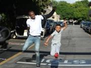 """Các môn thể thao khác - """"Tia chớp"""" Usain Bolt chạy thua nhóc 8 tuổi"""