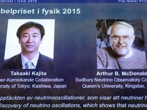 """Tin tức trong ngày - Người giải mã bí ẩn hạt neutrino """"ma quái"""" nhận giải Nobel Vật lý"""